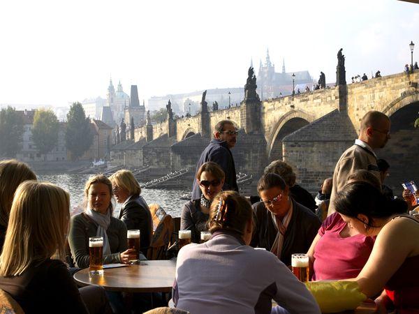03-old-smart-traveler-beer_35918_600x450