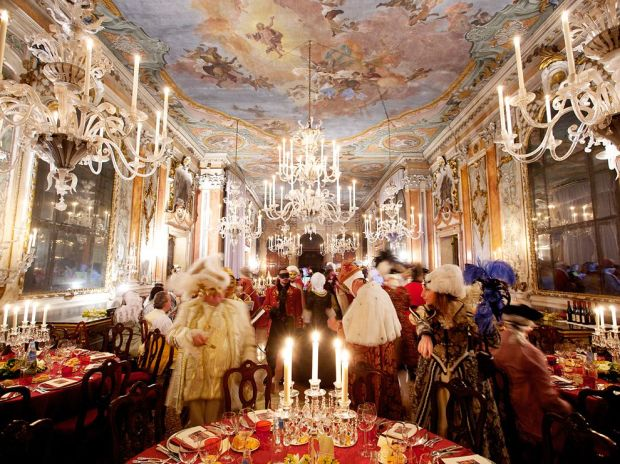 Venice-Carnival-Cherishing-Centuries-Old-Tradition_4