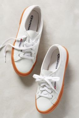 Sweet travel sneaks. http://bit.ly/1wR5nFy