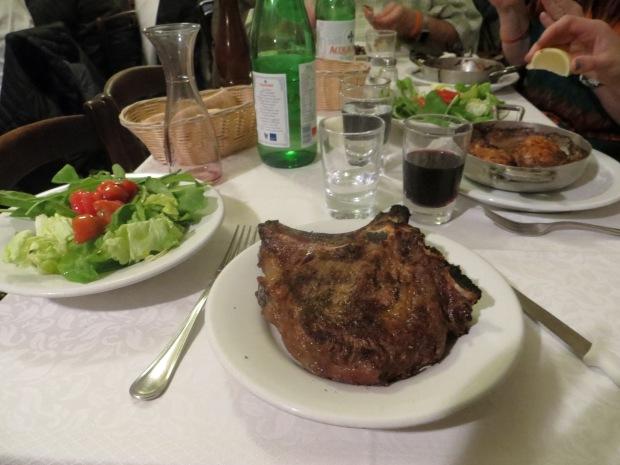 Bistecca alla Fiorentina and pollo al burro.