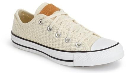Converse ($54). http://bit.ly/1KDYGJb