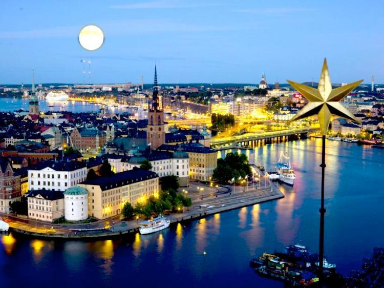 Stockholm-by-night