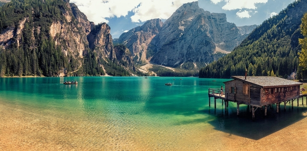 a-beautiful-summer-by-the-lake-in-the-italian-dolomites-photo-by-giorgio-galano-40138