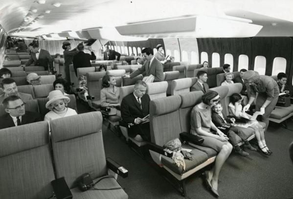 Passengers007.jpg